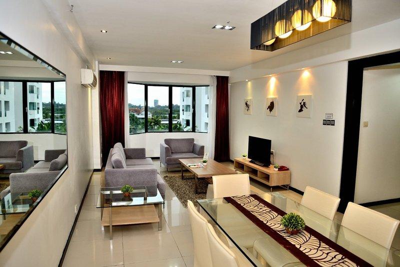Likas Square Apartment